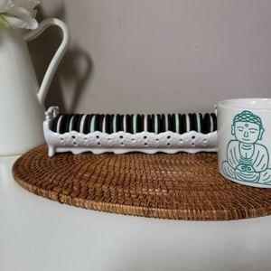 White super cute ceramic oreao cookie holder